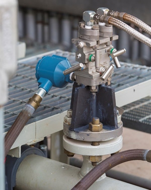 DamperX fins damping gussets on small-bore connection